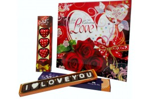I Love You Chocolate Message with Greeting Card and Heart Chocolate Pack